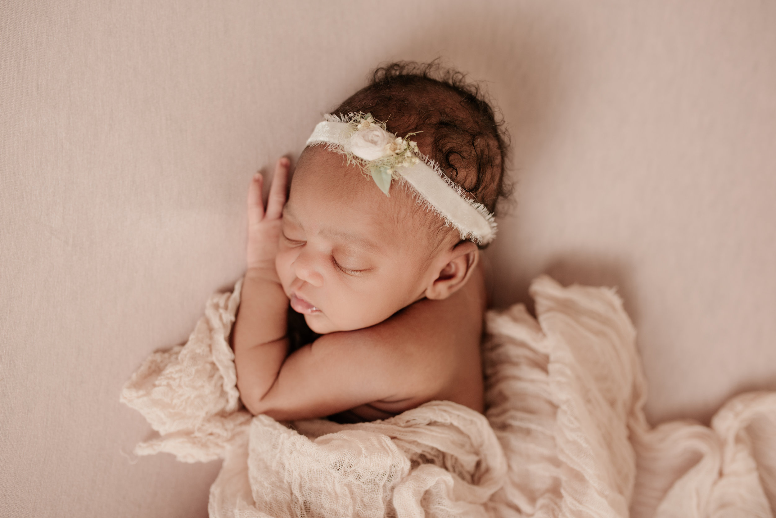 Newborn_Nellie_11Days-29.jpg