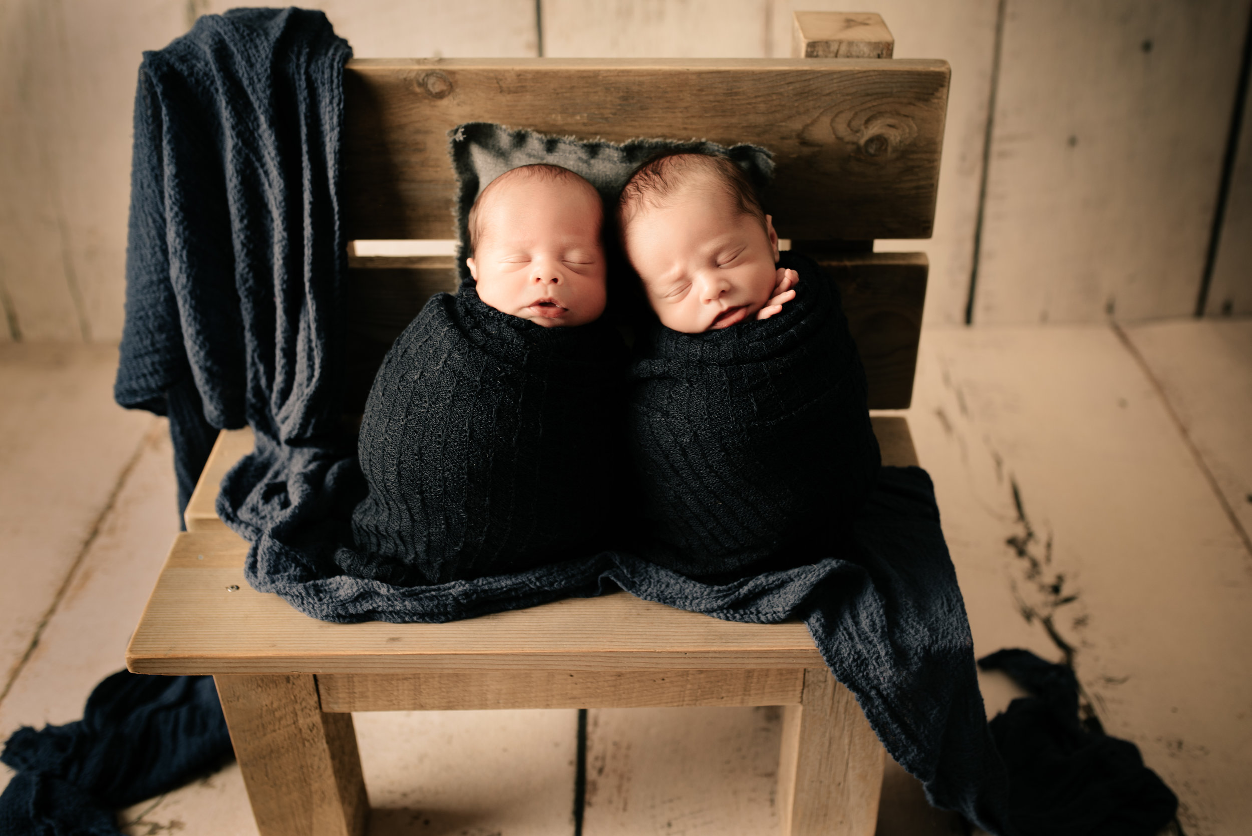 Newborn_John&James_16Days-19.jpg