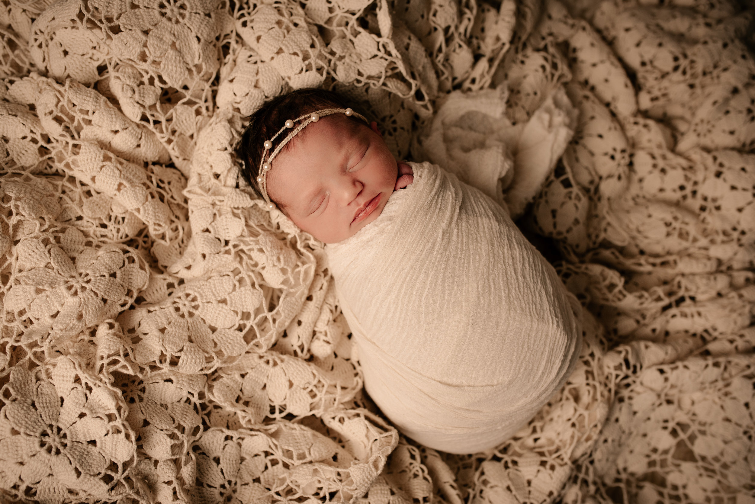Newborn_Margot_8Days-19.jpg