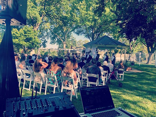 Beautiful Spring Day for a wedding!!! So thankful to be at such an amazing local venue @goverranch for the next few weekends!!! #weddingdj #dj #reddingbridalshow #norcalweddings #reddingca
