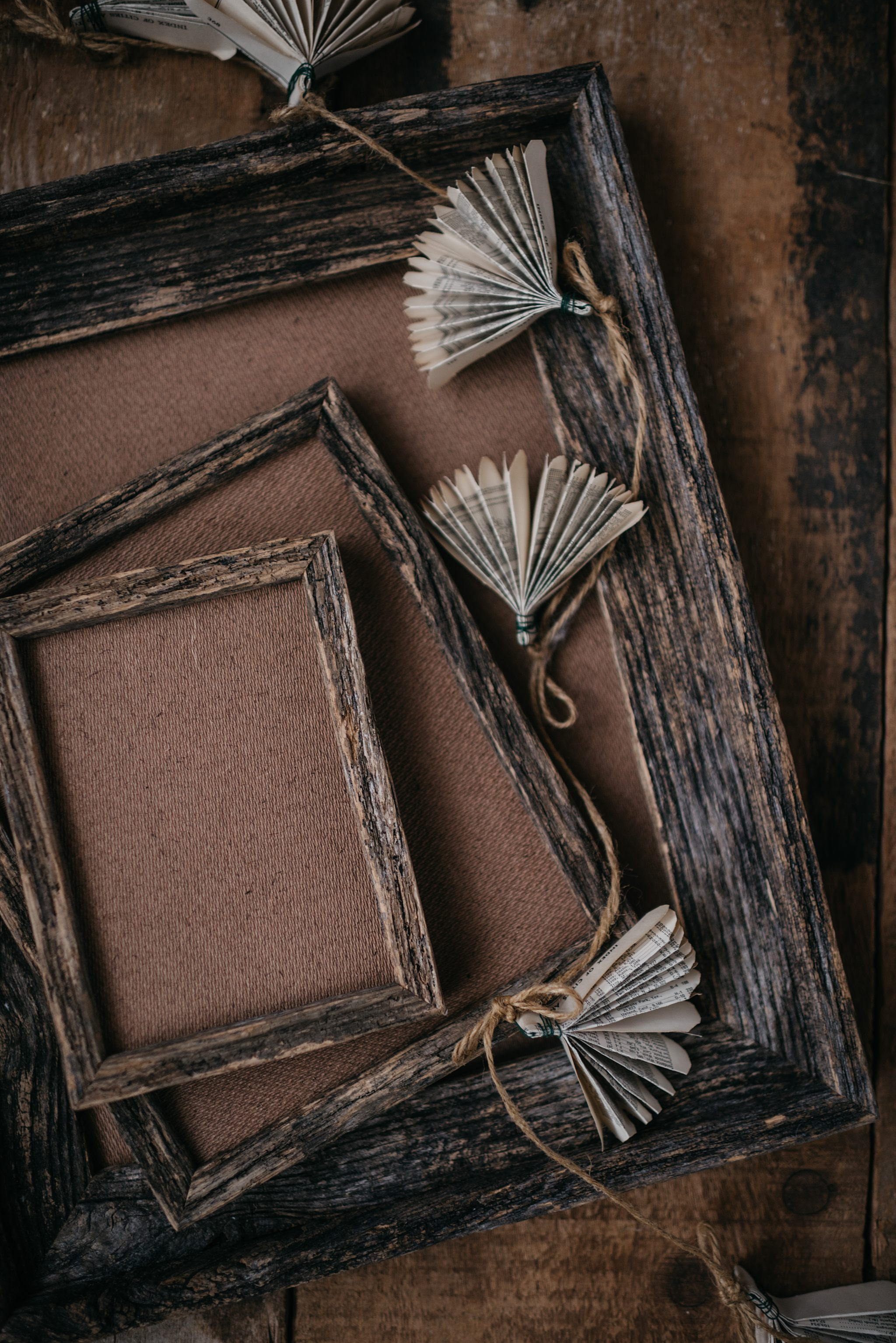 Our barnwood frames are handcrafted from locally sourced reclaimed wood and are a perfect compliment to any of our print product options.No glass.Additional sizes and options available upon request.    Barnwood Frame Pricing:    5x7 - $80   8x10 - $120  8x12 - $120   11x14 - $180   16x20 - $240  16x24 - $270   20x30 - $450   30x40 - $680