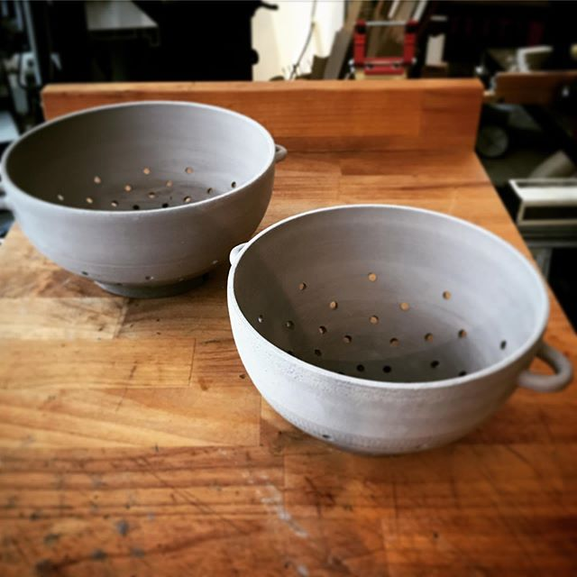 Y'all I am so excited about this summer! This new body of work is brewing in me and I'm getting more and more pumped as I see it start to flow out of me. First up are these sweet colanders that are preparing themselves for a life of washing fruits and vegetables to nourish many people. I love my job 💕  #ceramics #nourishment #pottery #colander #goodfood #phillymade #maker