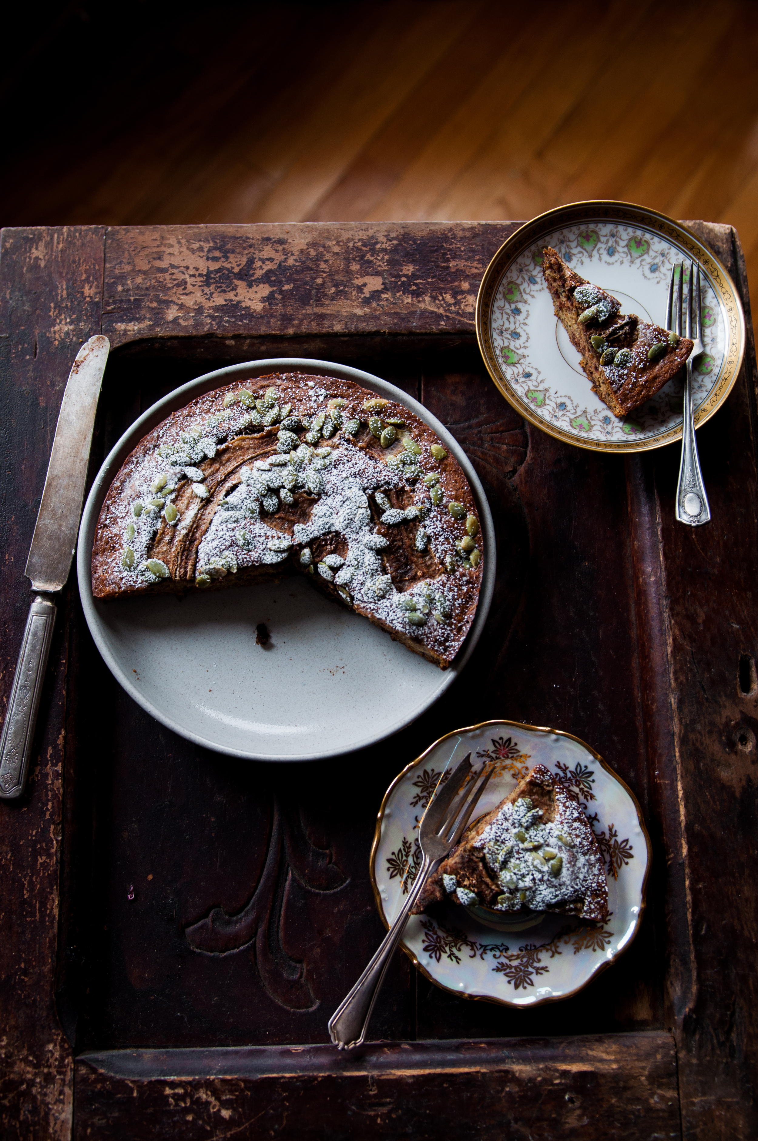 A banana cake made with the ancient wheat variety, Einkorn and generous dollops of nutella swirled into it for luxuriousseduction ofthe palate.