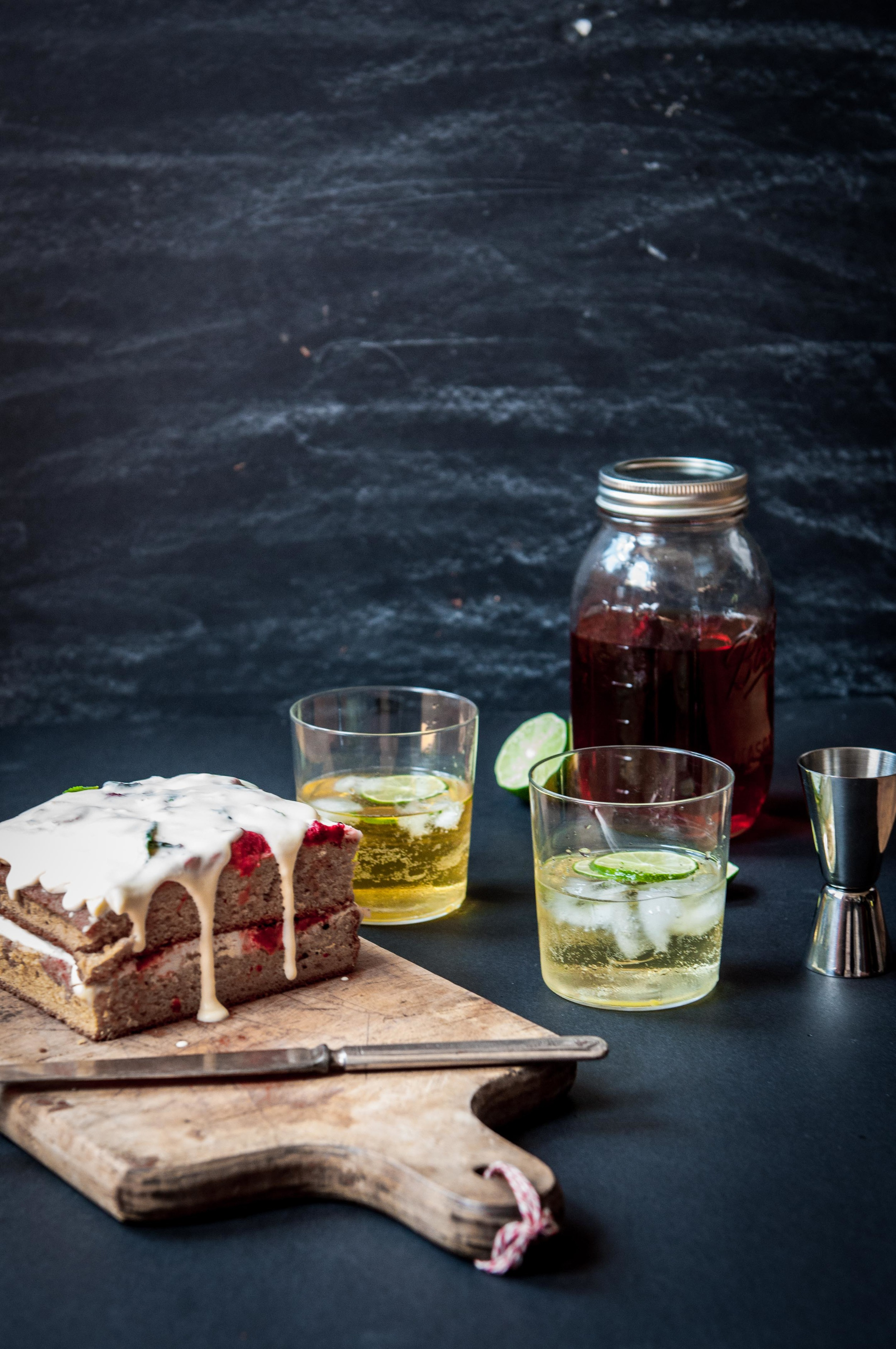 Earl Grey Gin & Soda withStrawberry short cake for a Summer tea.