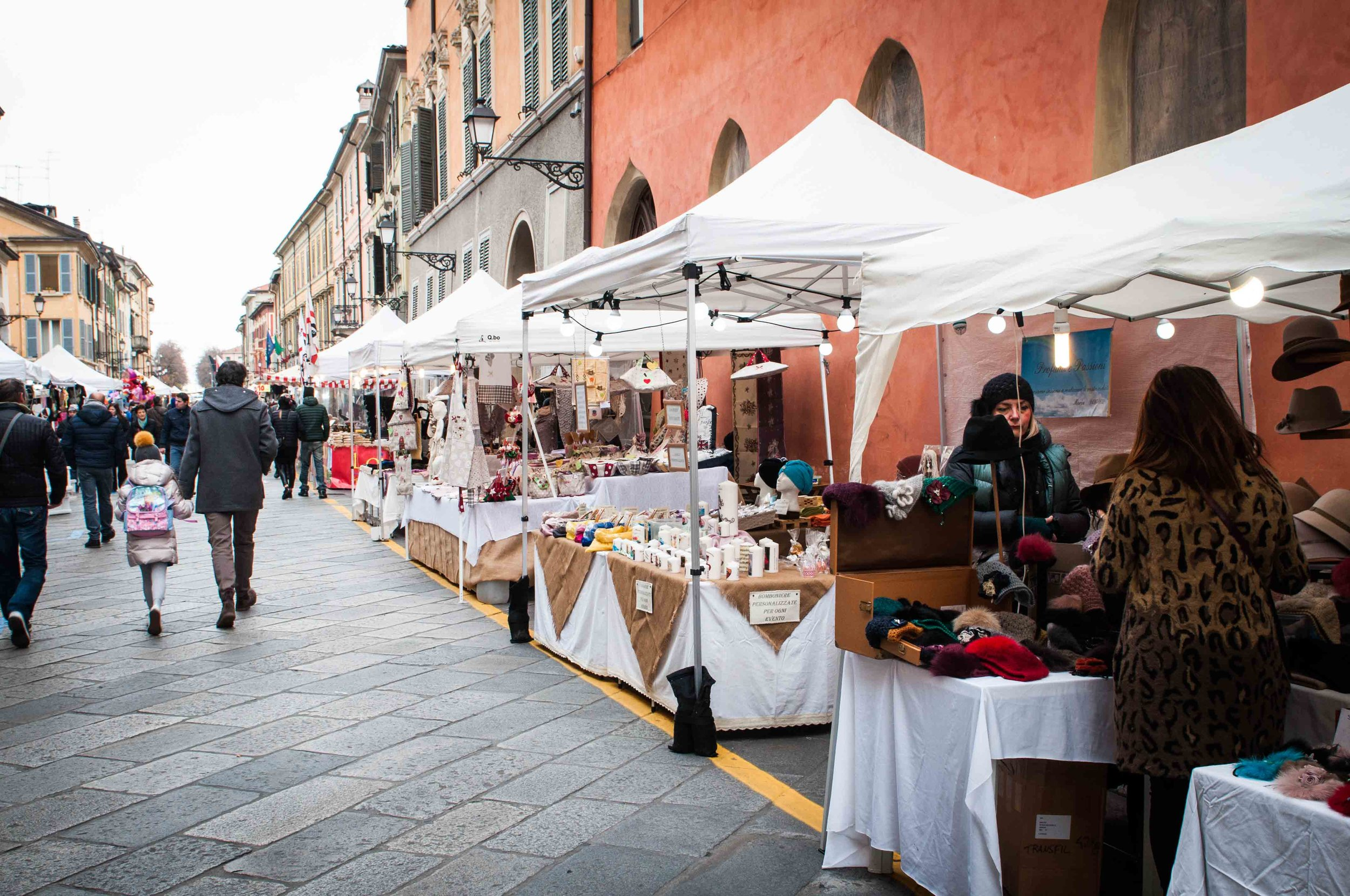 Reggio Sunday Italian food market
