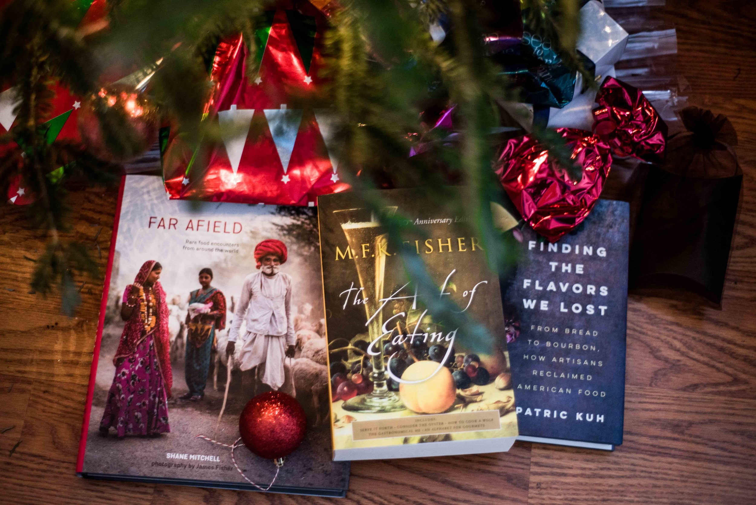 This Christmas is all about books. I gifted myself many and receive some amazing ones as gifts!! Looking forward to curling up with them this week...!