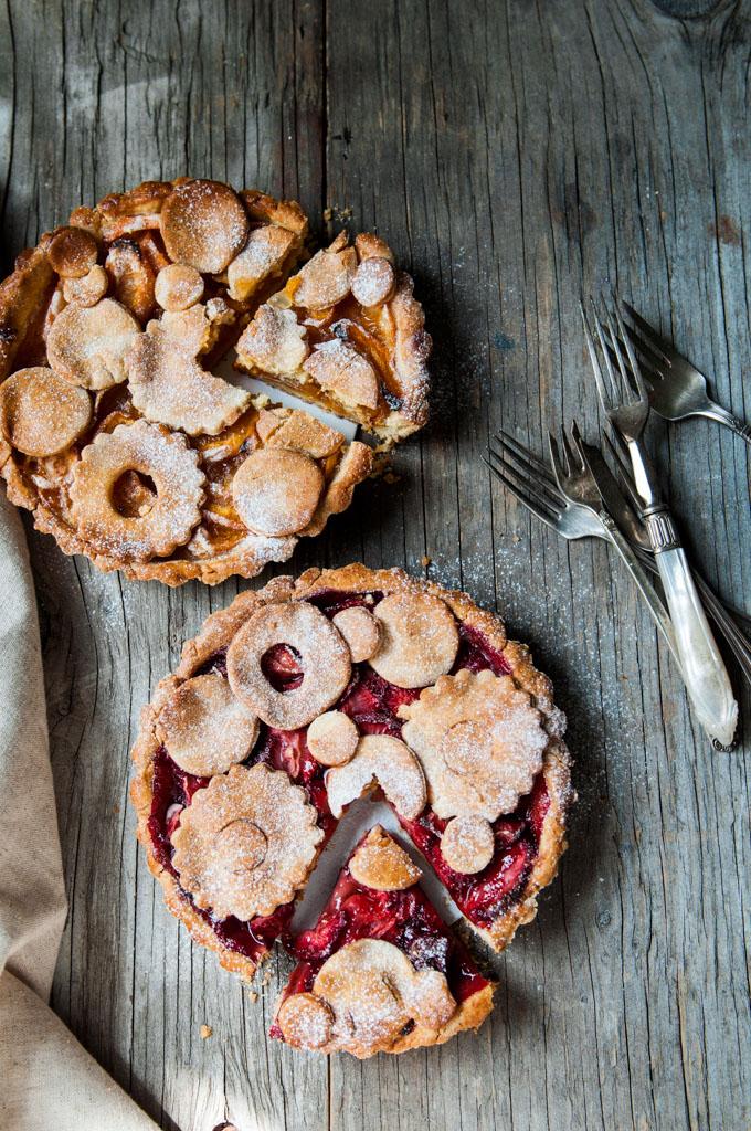Strawberry-Apricot-tarts.jpg