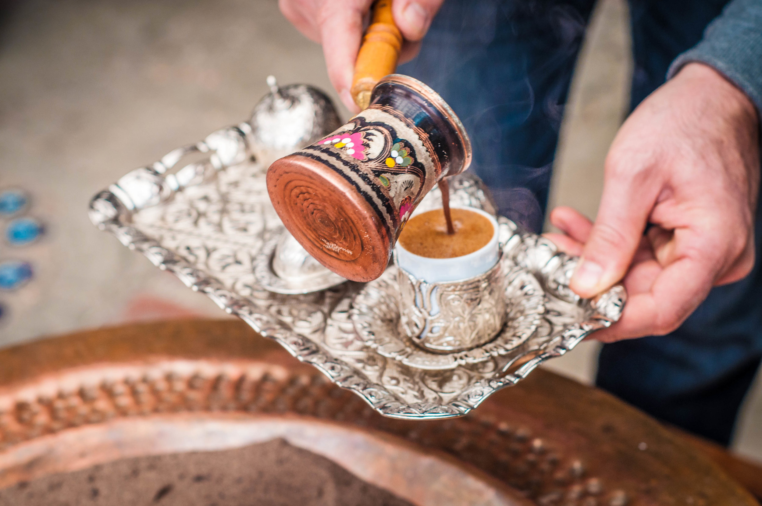 pouring-turkish-coffee.jpg