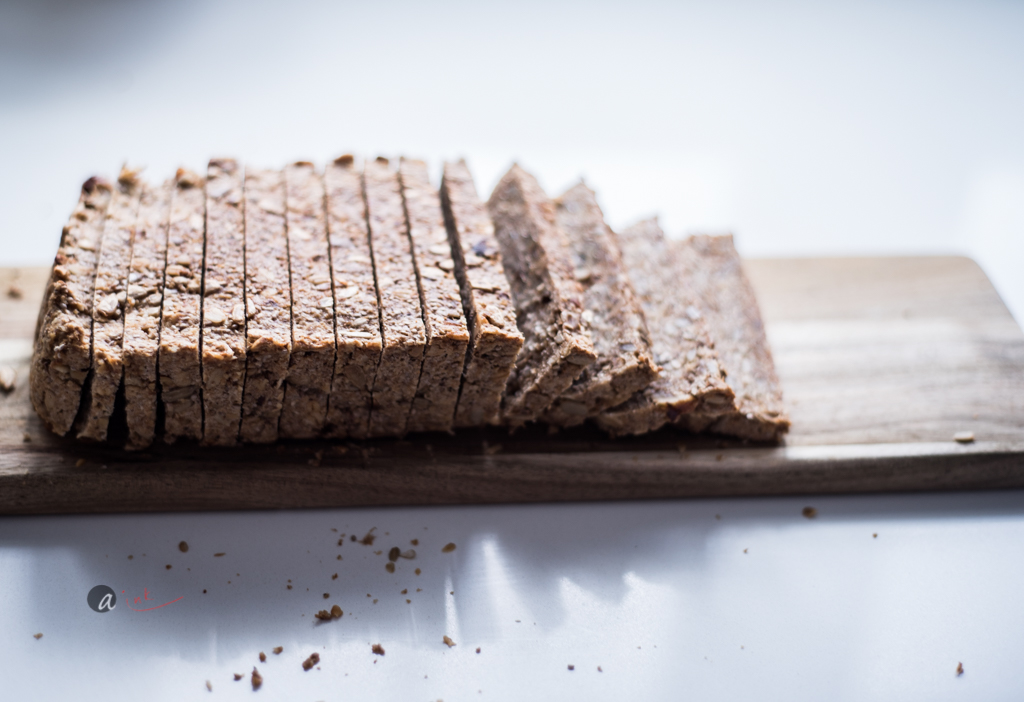 oat-nut-loaf.jpg