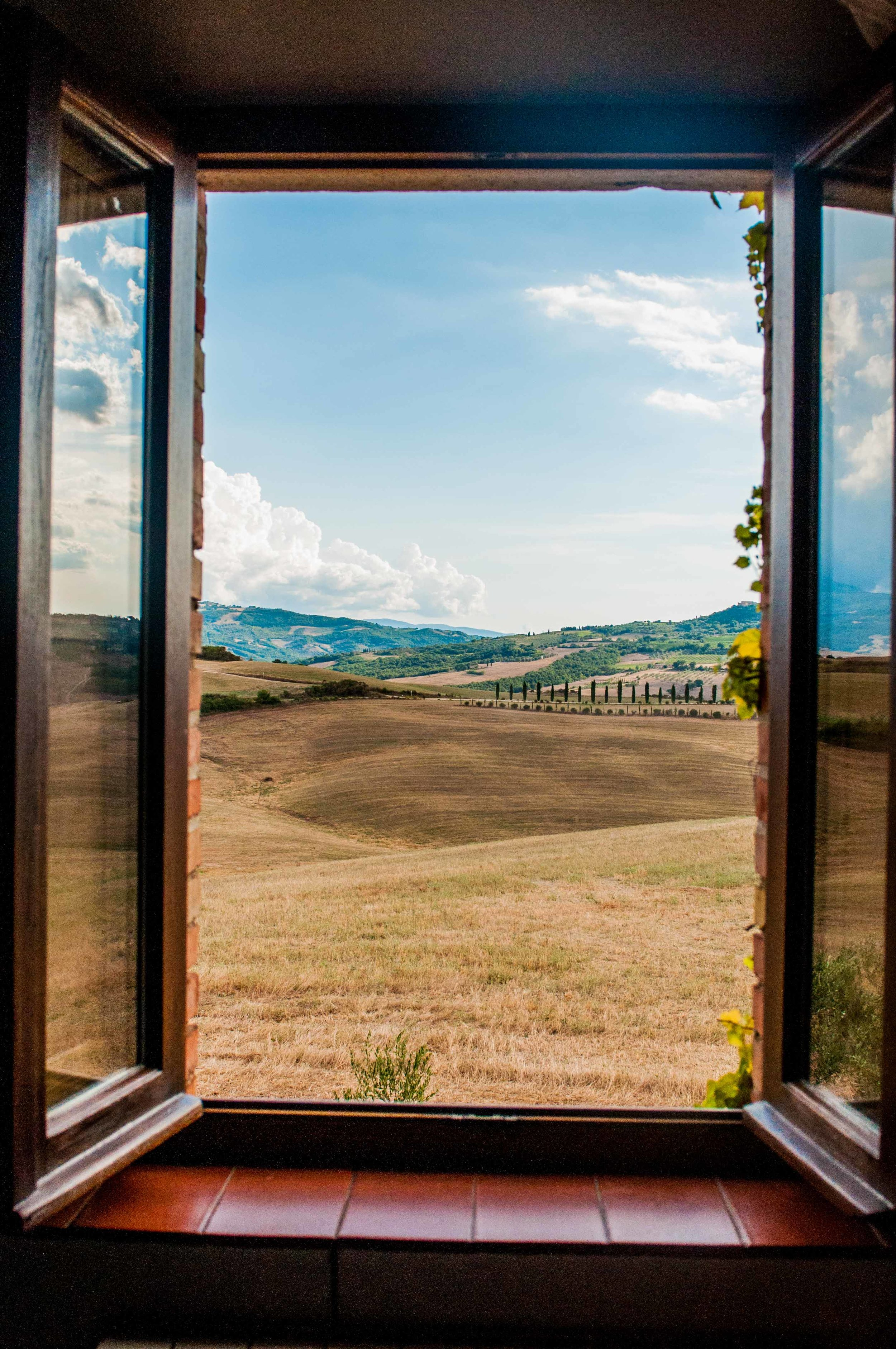 window-with-a-view-tuscany.jpg