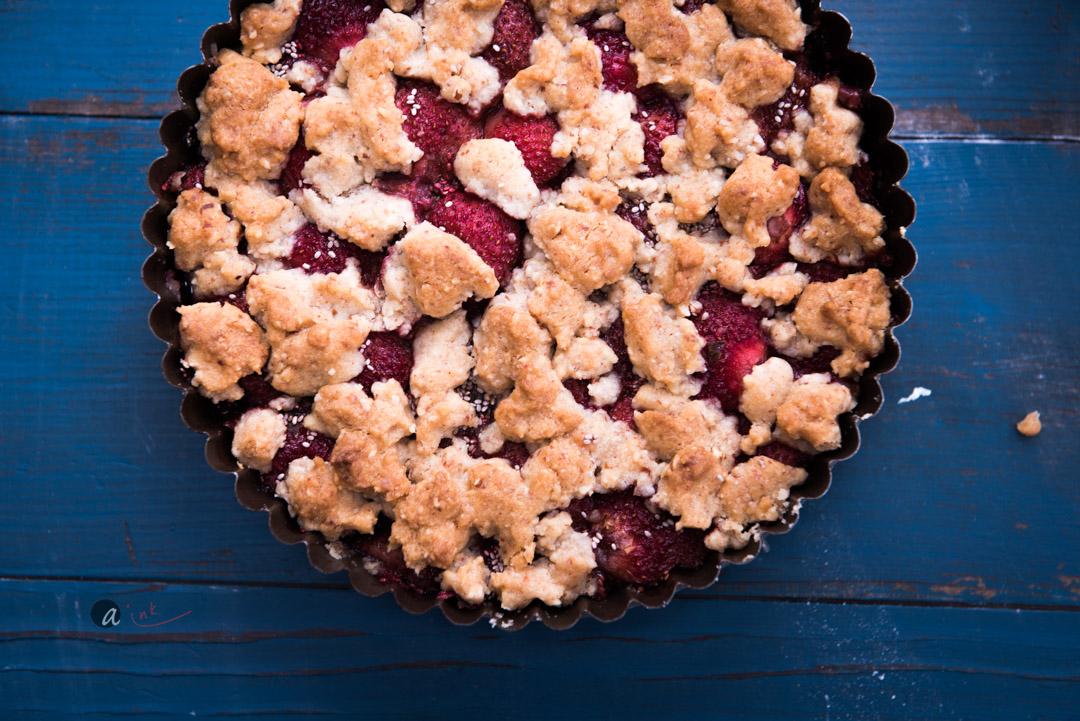 strawberry-almond-crumble.jpg