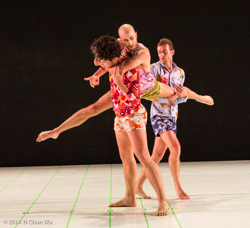 Photographs from SLC alum John Jasperse's award winning dance show,  Within between  (2014) by Yi-Chun Wu. Via  johnjasperse.org