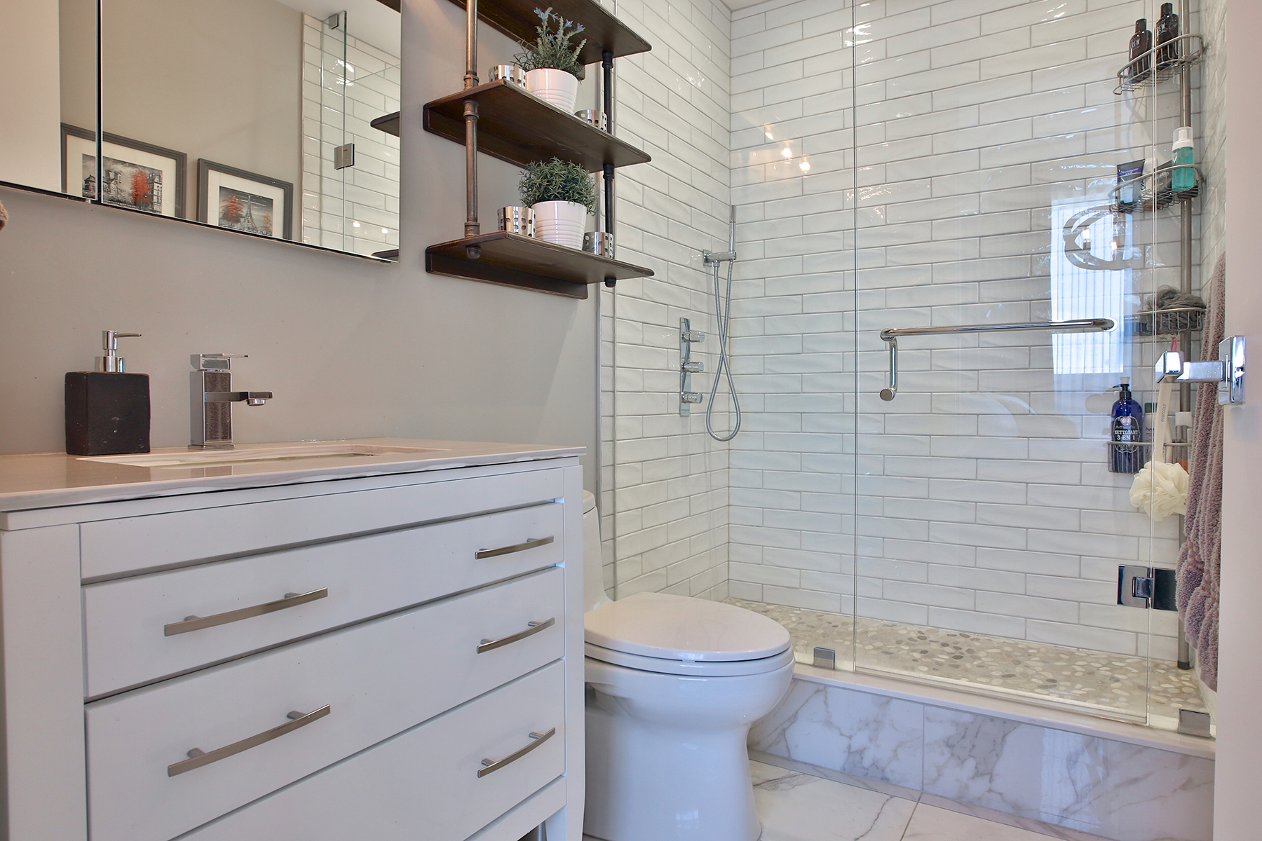 Bathrooms luxuriate with exquisite finishes like quartz and marble flooring.
