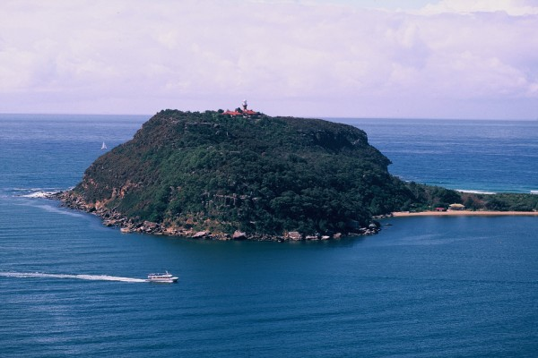 image: Barrenjoey as it appears today,http://www.environment.nsw.gov.au/NationalParks/parkCultExplore.aspx?id=N0019