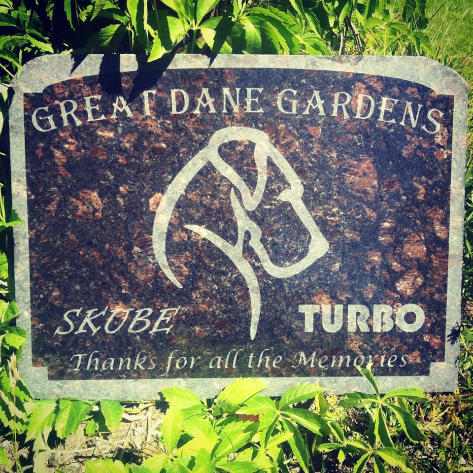 Headstone-granite-engraving-tombstone-memorial