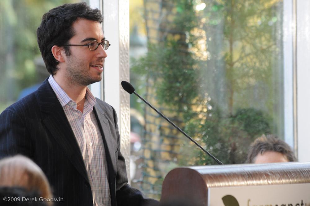Jonathan Safran Foer giving talk