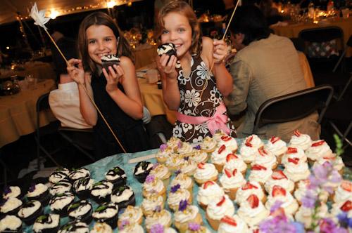 vegan wedding cupcakes by Megan Shackelford