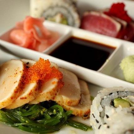 Quality - Sushi Sampler 1.jpg