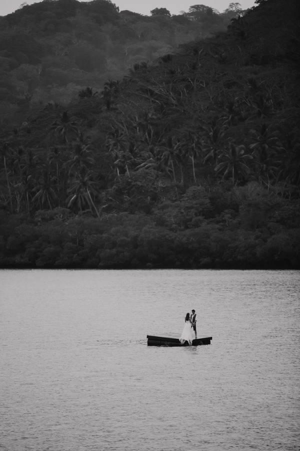 086-taveuni-wedding-photographer-fiji-600x900.jpg