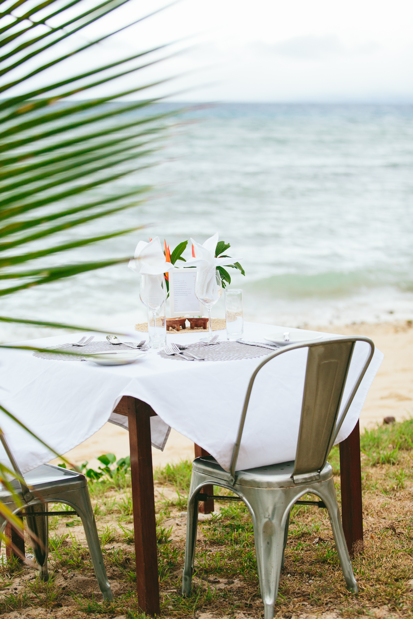 Lunch on the beach - The Remote Resort - Fiji Resort