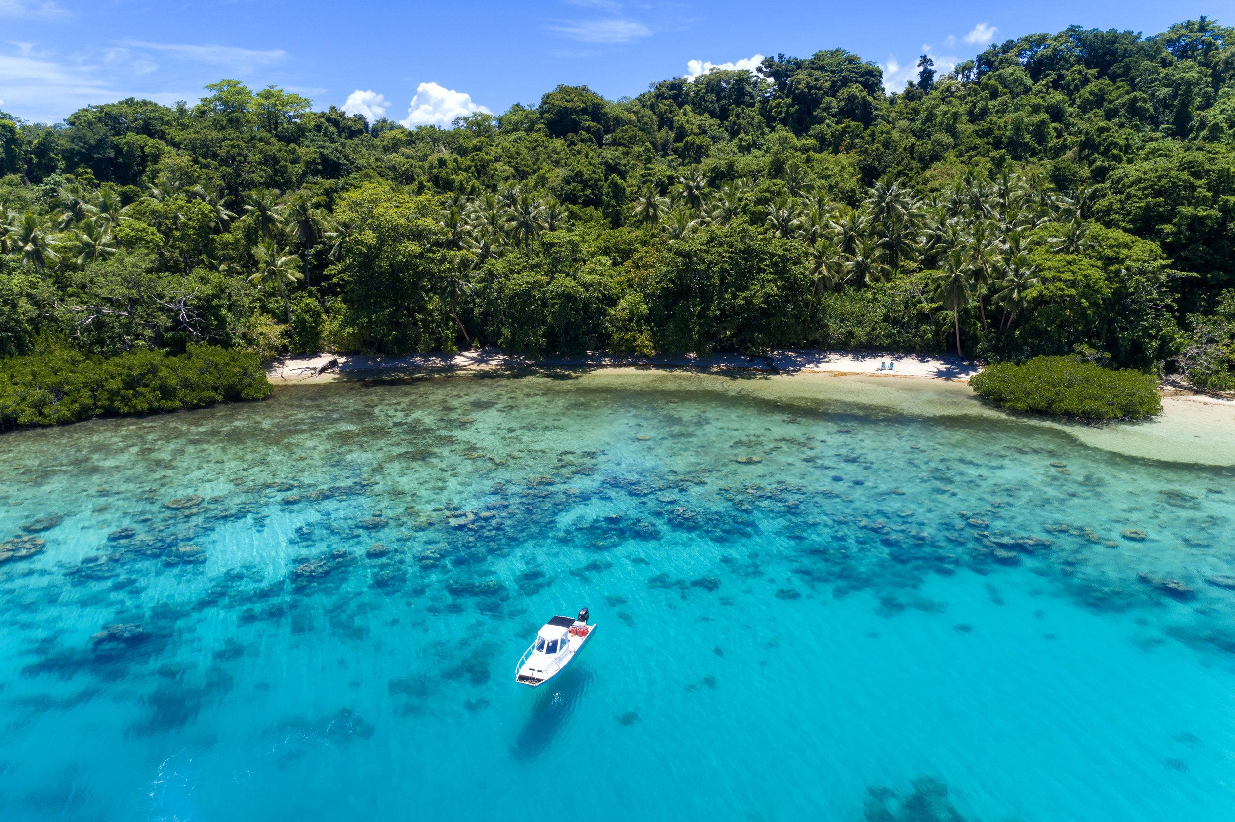 Fiji Luxury Resort Castaway Beach Day2.jpg