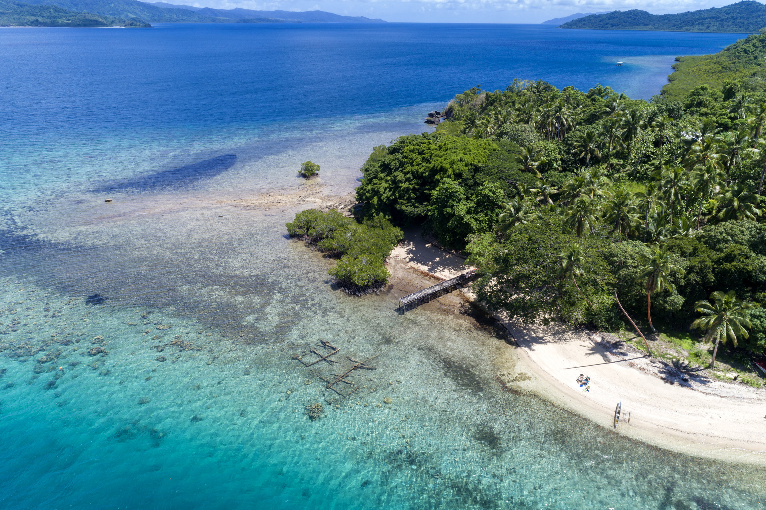 Fiji Luxury Resort Castaway Beach Day3.jpg