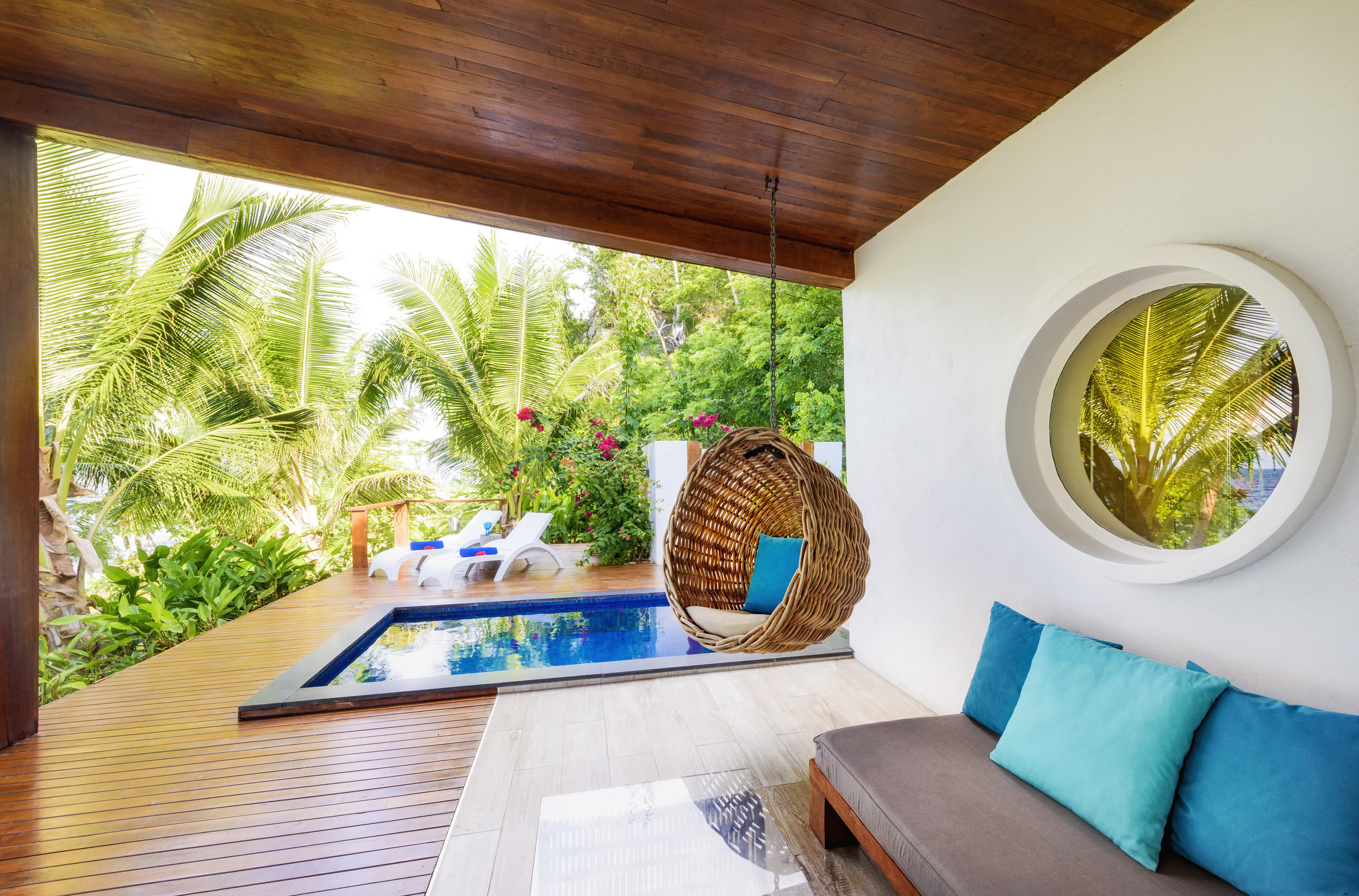 Fiji Resort - Couples Accommodation - Royal Retreat - Honeymoon - The Remote Resort4.jpg