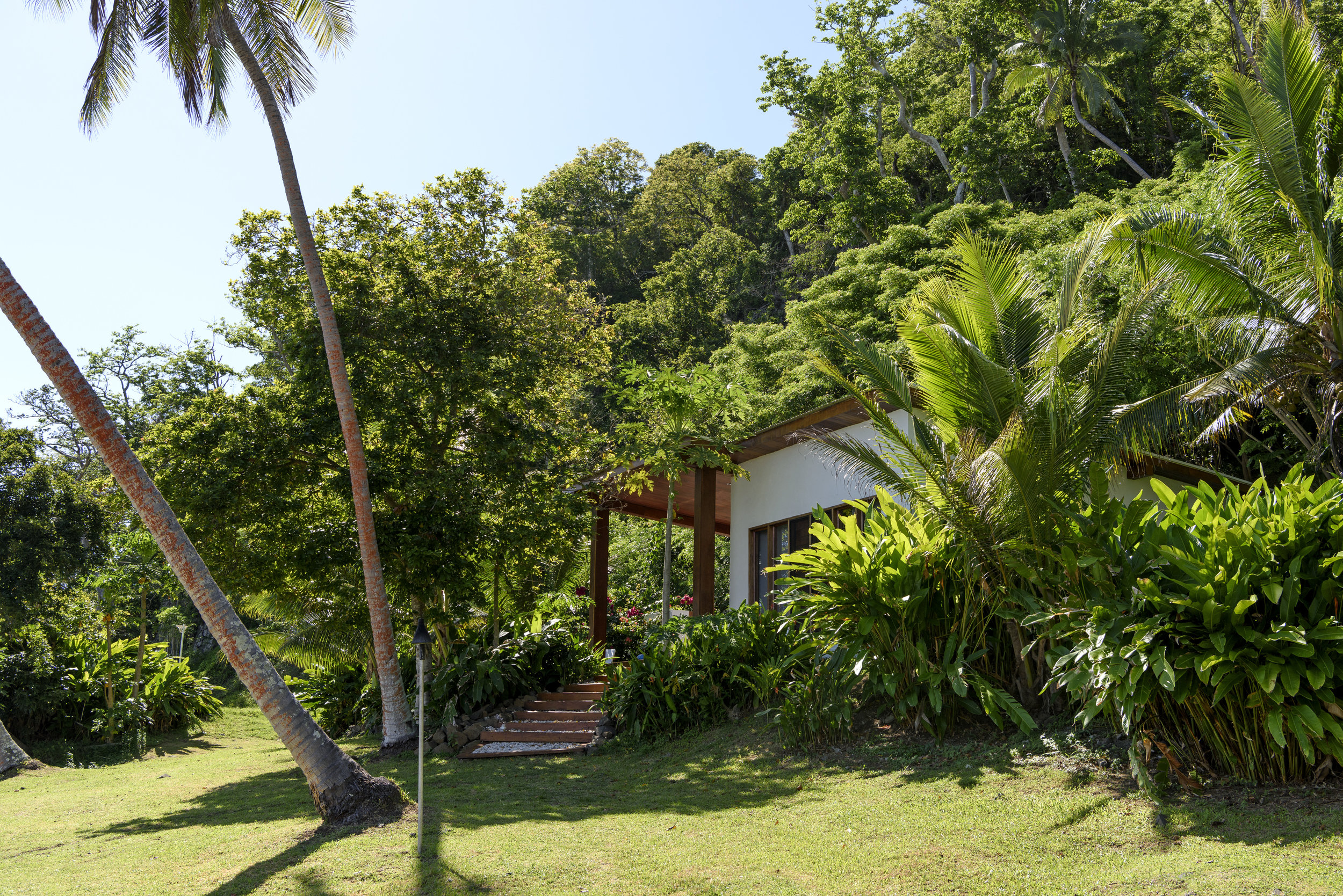 Fiji Resort - Couples Accommodation - Royal Retreat - Honeymoon - The Remote Resort7.jpg
