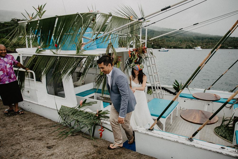 934-taveuni-elopement-photographer-fiji-kama-catch-me.jpg