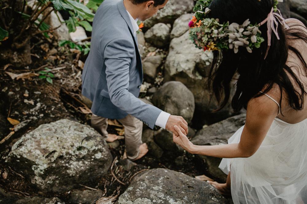 957-taveuni-elopement-photographer-fiji-kama-catch-me.jpg