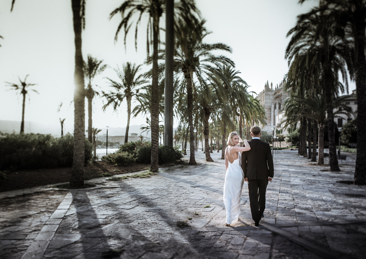 Destination Wedding - Im often travel to some of the most popular overseas wedding locations and are available for your amazing destination wedding wherever it may be. Contact me for more information.