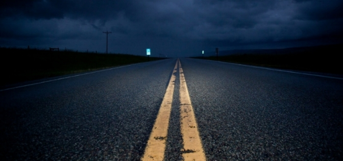 lonely-highway-at-night-wallpaper-3.jpg