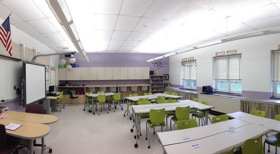 Lincoln School - Edison, NJ --- Genius Bar Classroom
