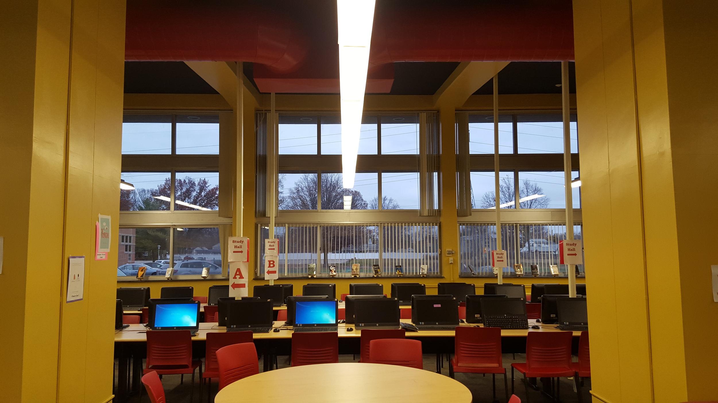 Edison High School - Edison, NJ --- Media Center / Library