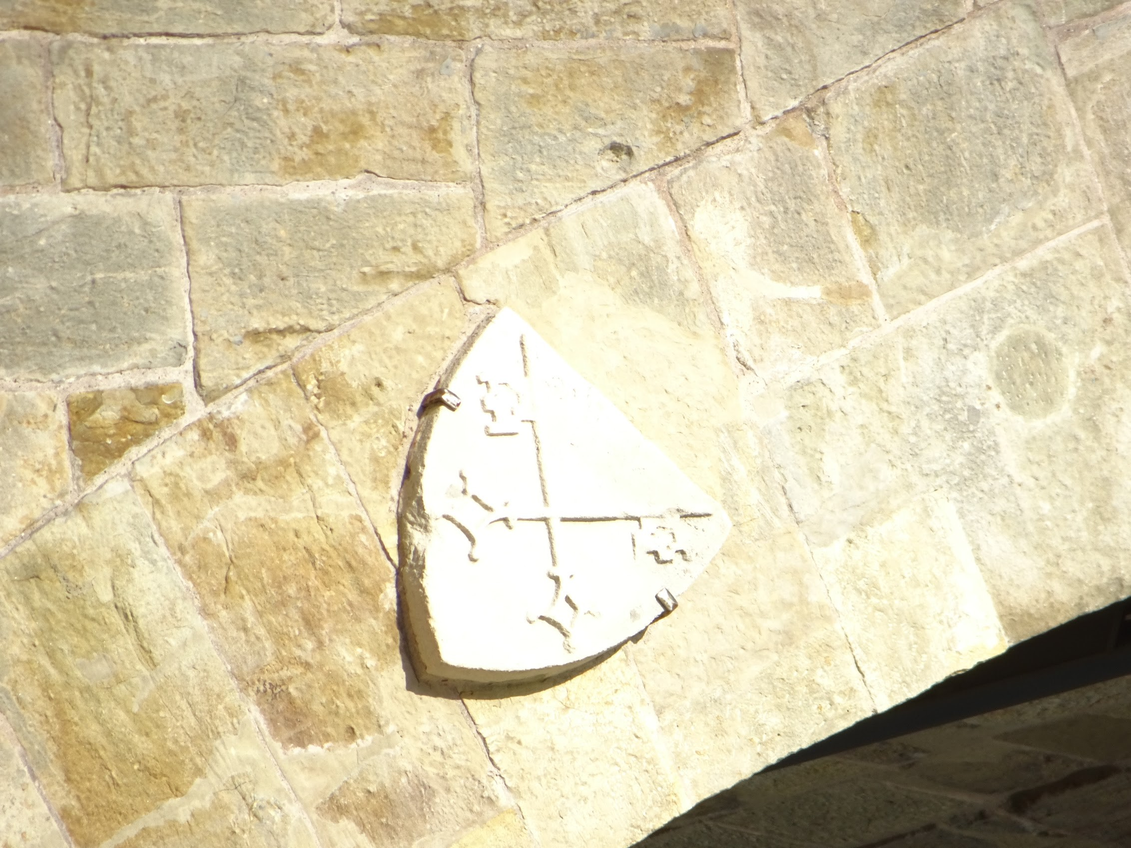 Do these to plaques mark the parishes on each side? The Cathedral is St Peter's certainly. There is a core hole too, I see.