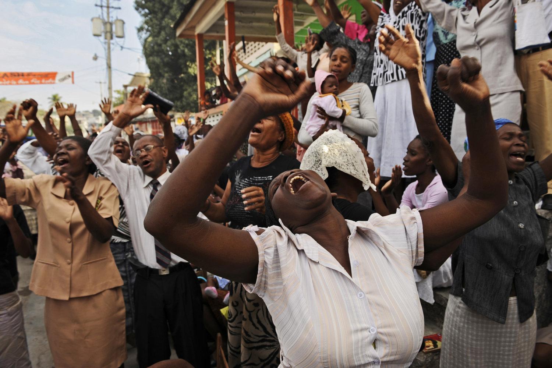 """Haiti earthquake, 2010<span class=""""photo-essays-link""""><span class=""""separator"""">・</span><a href=""""/photo-essays"""">Photo-essays</a></span>"""