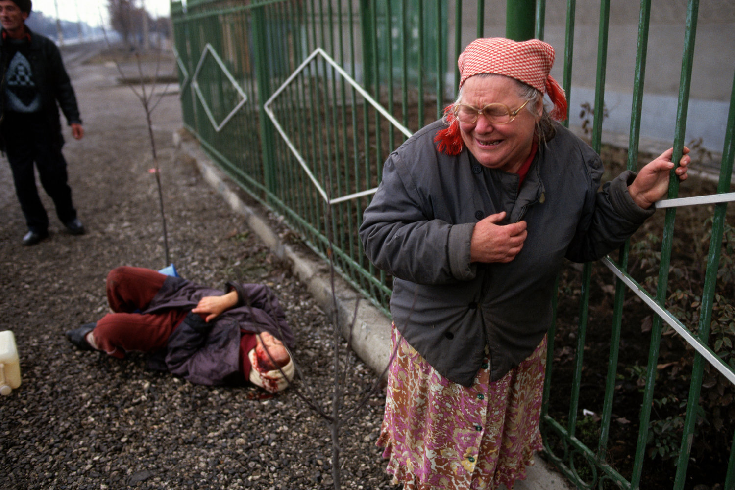 """War in Chechnya, 1995<span class=""""photo-essays-link""""><span class=""""separator"""">・</span><a href=""""/photo-essays"""">Photo-essays</a></span>"""
