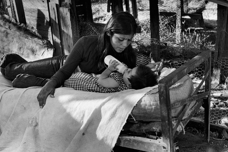 "San Joaquin Valley, California, 1975<span class=""photo-essays-link""><span class=""separator"">・</span><a href=""/photo-essays"">Photo-essays</a></span>"