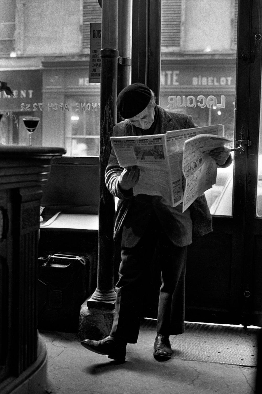"Paris, 1976<span class=""photo-essays-link""><span class=""separator"">・</span><a href=""/photo-essays"">Photo-essays</a></span>"
