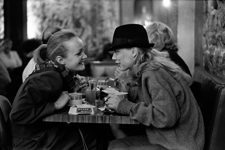 "Paris, France, 1982<span class=""photo-essays-link""><span class=""separator"">・</span><a href=""/photo-essays"">Photo-essays</a></span>"