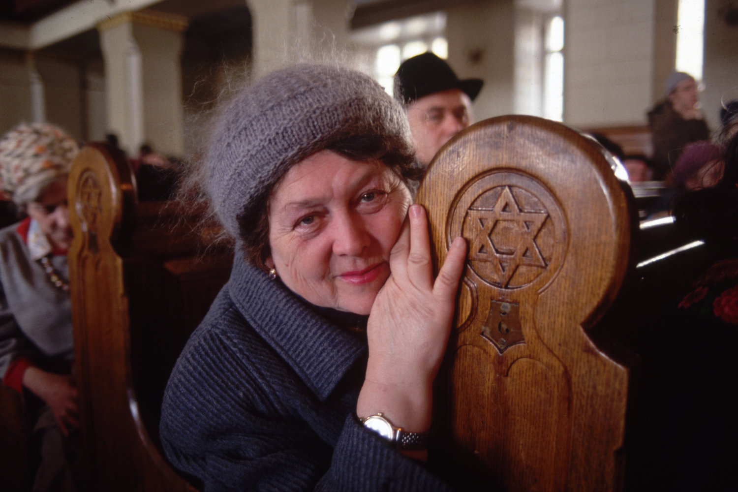 """Synagogue. Moscow, U.S.S.R., 1990.<span class=""""photo-essays-link""""><span class=""""separator"""">・</span><a href=""""/photo-essays"""">Photo-essays</a></span>"""