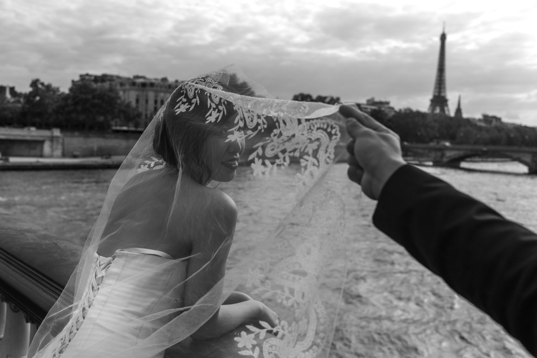 "Paris, 2013<span class=""photo-essays-link""><span class=""separator"">・</span><a href=""/photo-essays"">Photo-essays</a></span>"