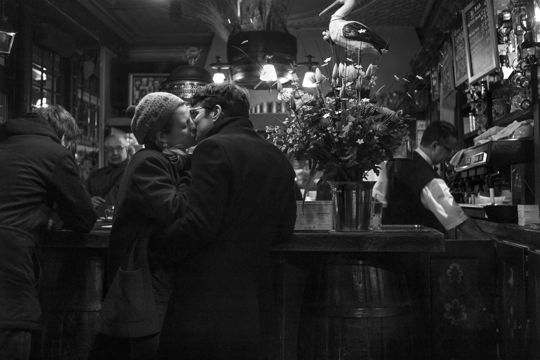 "Brasserie de l'Isle Saint-Louis, 2011<span class=""photo-essays-link""><span class=""separator"">・</span><a href=""/photo-essays"">Photo-essays</a></span>"