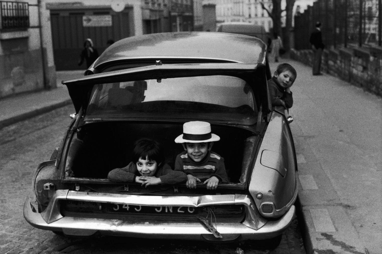 "18th arrondissement, 1978<span class=""photo-essays-link""><span class=""separator"">・</span><a href=""/photo-essays"">Photo-essays</a></span>"
