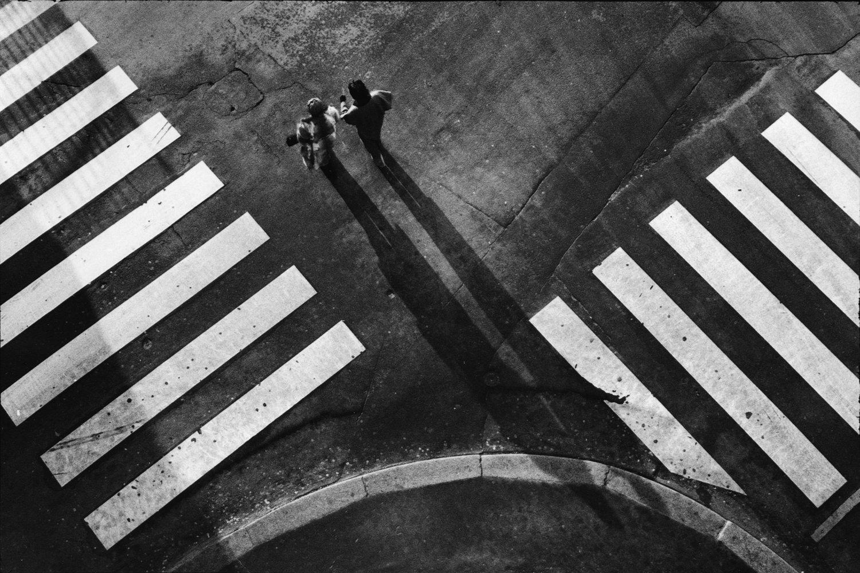 """Ile de la Cité, 1982<span class=""""photo-essays-link""""><span class=""""separator"""">・</span><a href=""""/photo-essays"""">Photo-essays</a></span>"""