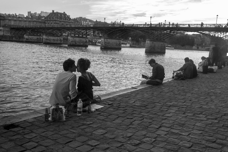 """Near Le Pont des Arts, 2012<span class=""""photo-essays-link""""><span class=""""separator"""">・</span><a href=""""/photo-essays"""">Photo-essays</a></span>"""