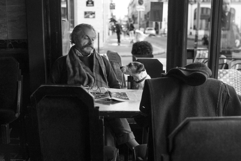 """Place de la Bourse, 2012<span class=""""photo-essays-link""""><span class=""""separator"""">・</span><a href=""""/photo-essays"""">Photo-essays</a></span>"""