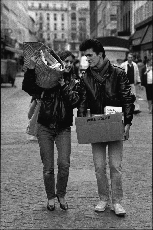 "Paris, 1983<span class=""photo-essays-link""><span class=""separator"">・</span><a href=""/photo-essays"">Photo-essays</a></span>"