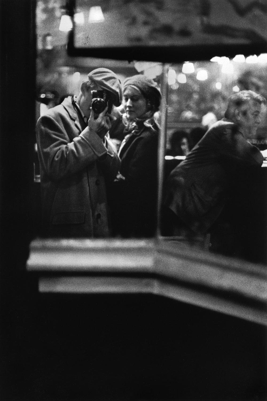"Paris, 1975<span class=""photo-essays-link""><span class=""separator"">・</span><a href=""/photo-essays"">Photo-essays</a></span>"