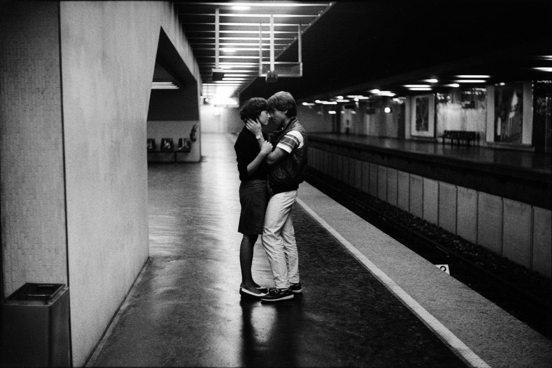 """Métro, 1982<span class=""""photo-essays-link""""><span class=""""separator"""">・</span><a href=""""/photo-essays"""">Photo-essays</a></span>"""